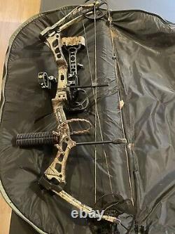 Bear Encounter compound bow Ready To Hunt