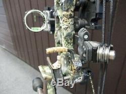Bowtech Reign 7 60# to 70# Right-Hand 25 to 31 Archery Hunting Bow + Extras