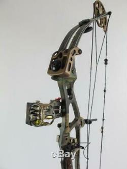 Hoyt UltraTec XT2000 Camo Compound Hunting Bow Sight Quiver Stabilizer & Arrows