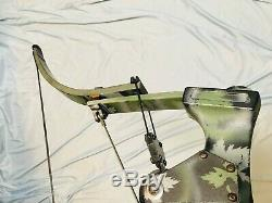 Hurry Oneida Strike Eagle Bow Fish/Hunt Right Medium Draw 30-50-70 lb. Ready2Go