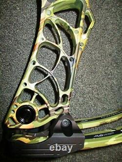 Mathews V3 31 Right-Hand 60# 75# Sitka Elevated II 26 30½Hunting Bow