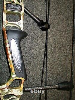Mathews V3 31 Right-Hand 60# to 75# First Lite Specter 26 to 30½ Hunting Bow