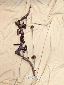 Mint Oneida Strike Eagle Bow Fishing Hunting Right Med Draw 25-50-70