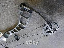 Prime Centergy Right Hand 29.5 Draw 50# to 60# Archery Compound Hunting Bow