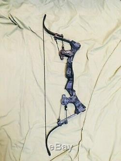Ready2Go Excellent Oneida Strike Eagle Bow Fishing Hunt Right Med 25-50-70